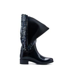 Black rain boot
