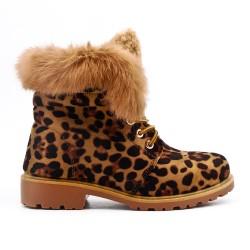 Bota de leopardo con encaje