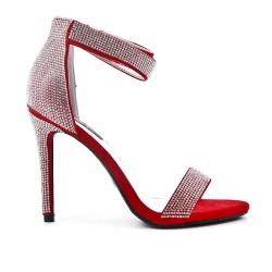 Sandale rouge ornée de strass