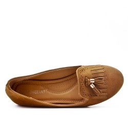 Camel moccasin in faux suede with bangs