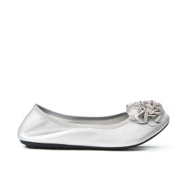Silver comfort ballerina with flower pattern