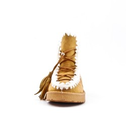 Camel girl boot with fur