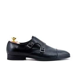 Buckled leather black derby