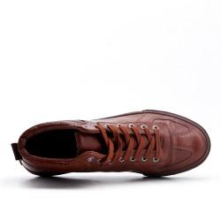 Basket montante cognac en simili cuir à lacet