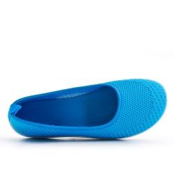Blue shoe in stretch textile