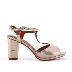 Sandale brillante dorée à talon