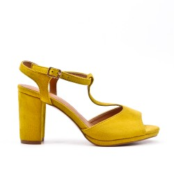 Yellow sandal in faux suede