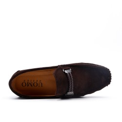 Brown moccasin in faux suede