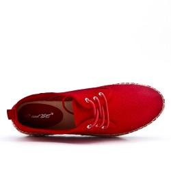 Espadrille rouge en simili daim perforé