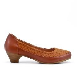 Chaussure confort camel à petit talon
