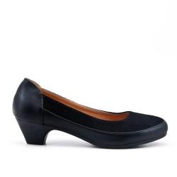 Zapato confort negro con tacón pequeño