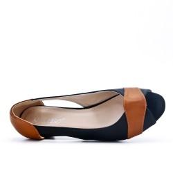 Comfort shoe black with small heel