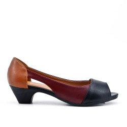 Black comfort shoe in faux leather