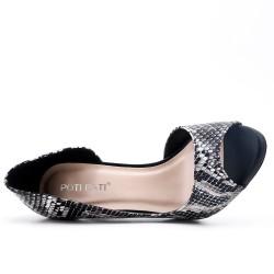 Leopard pump with heel