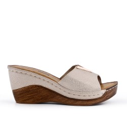 Golden faux leather wedge