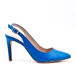 Blue leatherette pump