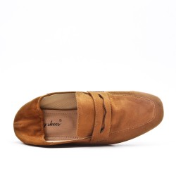 Camel moccasin in faux suede