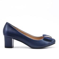 Escarpin bleu en simili cuir à petit talon carré