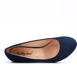 Blue suede faux leather pump with small wedge