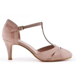 Two-material beige low-heeled pump