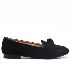 Black comfort moccasin in faux suede with bow