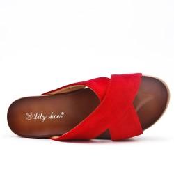 Listón rojo con suela gruesa