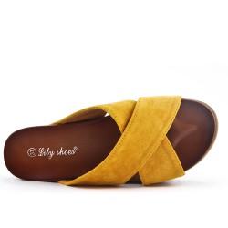 Colgajo amarillo con suela gruesa