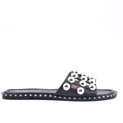 Claquette plate noire ornée de perles
