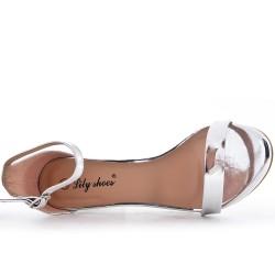 Sandale argent en vernis à talon