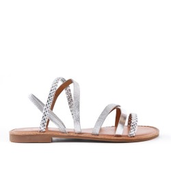 Flat silver sandal with braided flange