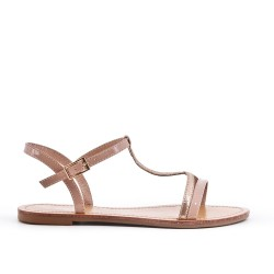 Sandalia plana de cuero beige