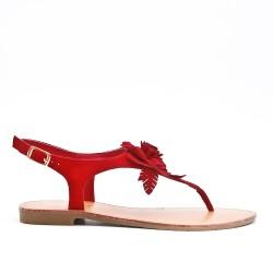 Sandalia plana roja con flor