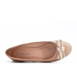 Beige faux leather ballerina with bow
