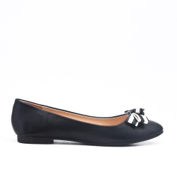 Black faux leather ballerina with bow