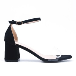 Black sandal with heel