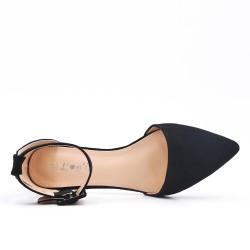 Black ballerina with buckle