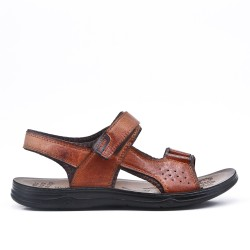 Sandalia de hombre marrón en imitación de cuero