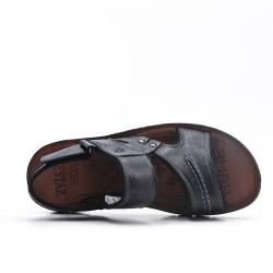 Sandalia negra con suela de confort