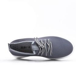 Basket grise en tissus extensible à lacet