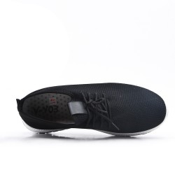 Zapatilla negra con tejido de encaje elástico