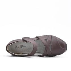 Zapato confort marron en piel sintética