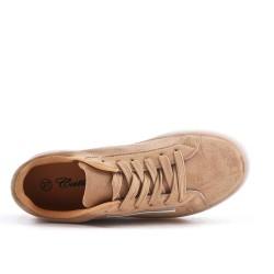Zapatillas beige con suela gruesa