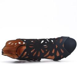 Escarpin noire en simili daim à motif fleur