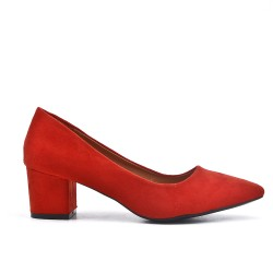 Red suede faux pump with small heels