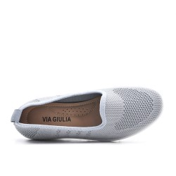 Chaussure grise en textile extensible à petit compensé