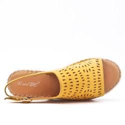Sandale jaune à semelle espadrille