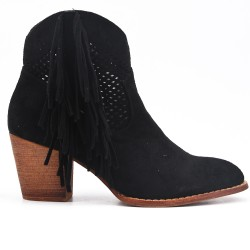 Black ankle boot in faux suede with fringe