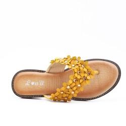 Tong jaune à fleur