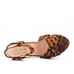 Sandale léopard en simili daim à brides croisées