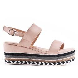Sandale compensée rose à boucle